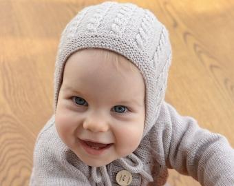 Hand Knit Baby Hat, Merino Wool Baby Girl Hat, Hand Knitted Newborn Hat, Knitted Baby Girl Bonnet, Beige Newborn Bonnet, Cable Knit Baby Hat