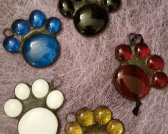 Stained Glass Pet Paw Print, Dog Paw Print, Cat Paw Print, Suncatcher, Window Decoration, Dog Lover Gift