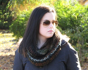 Chunky Infinity Scarf, Crochet Scarf, Long Crochet Scarf, Circle Scarf, Knit Scarf, Infinity Scarf, Brown Scarf, Gift for Her