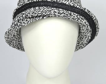 """Cloche hat, waxed paper straw, vintage style, black and white, summer hat, 20ies style, """"JULIE"""""""