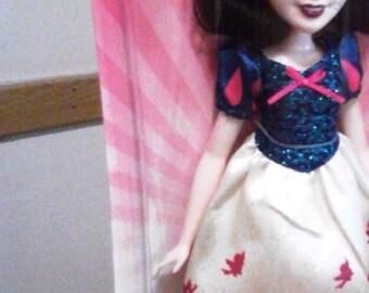 SNOW WHITE Girl Princess DOLL in full costume