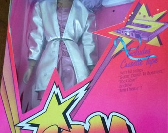 Reduced Vintage NRFB  First Edition Shana of the Holograms Jem Truly Outrageous Doll 4203/4005