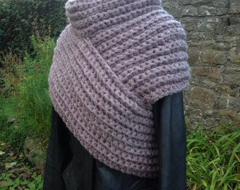 Free-Form Crochet, Bamboo Archer's Sweater - Uk Size 10-12 - Medieval/Post Apocalyptic/Cosplay/Archery/Industrial/Steampunk - READY TO SHIP