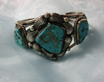 Vintage Three Turquoise Stones and Silver Feathers Design Native American Indian Cuff Bracelet