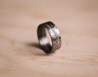 Damasteel Damascus Dense Twist Pattern Ring with Rock Hammered Texture