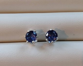 Tanzanite Earrings 6mm