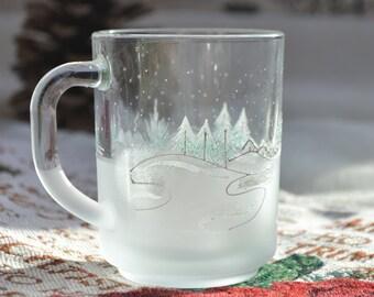 Christmas mug, Glass mug, Hot chocolate mug, Hand painted Christmas glass, Frosted christmas glass for hot drinks, Christmas gift, Xmas mug