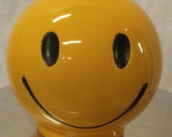 Vintage 1970's SMILEY FACE bank in bright yellow!!