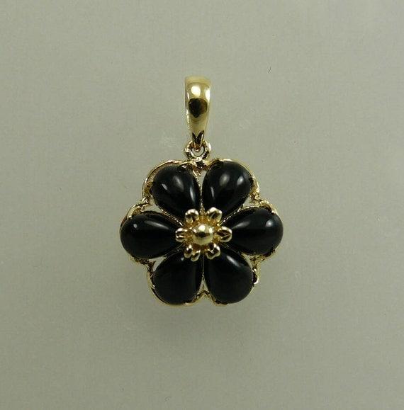 Onyx 4 x 6 mm Black Flower Pendant 14k Yellow Gold