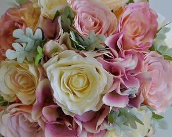 Pink & ivory brides bouquet