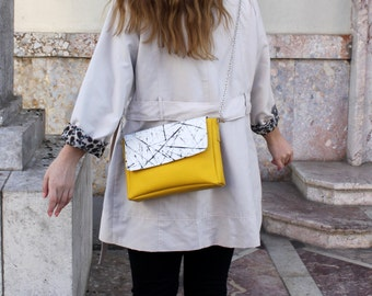 Shoulder crossbody yellow bag