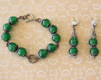 Vintage Green Glass Bead and Filigree Bracelet and Earrings Set Demi Parure Silver Tone