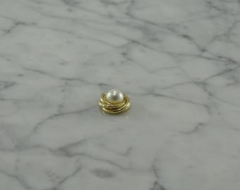 14K yellow Gold / Pearl Pendant