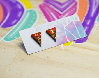 Red and Gold Point Stud Earrings