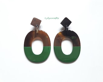 Chic buffalo horn earrings, Lacquering in Dark Green color [EA-025]