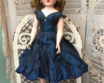 "Beautiful 1950's Original Doll: ""Sweet Sue Sophisticate"" by American Character"