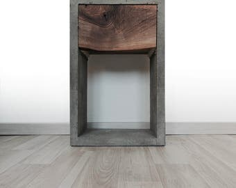 Concrete & Wood CoWoSt side table
