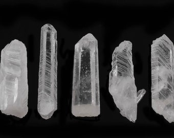 1 GROWTH INTERFERENCE QUARTZ Crystal Point - Quartz Point, Healing Crystal, Raw Crystal Necklace, Raw Quartz Pendant, Crystal Jewelry E0110
