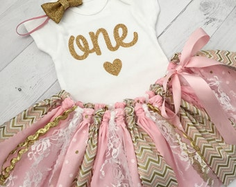 Pink and Gold First Birthday Outfit with Gold Bow Headband and Heart Bodysuit/Pink and Gold Fabric Tutu/Baby Girl Bodysuit/Shirt with Age