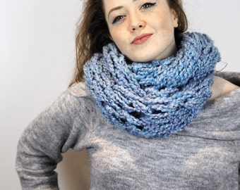 Seriously Chunky Super Soft infinity scarf - CORNFLOWER -