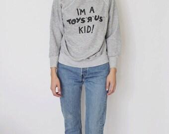 Vintage 1980s Grey Sweatshirt | Toys R Us Sweatshirt | Raglan Sleeve Sweatshirt | Grey Pullover Sweater
