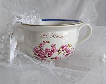 """Marriage. Former chamber pot """"A the bride"""". Vintage. ORCHIES - Mill of the wolves - FRANCE"""