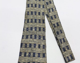 Vintage GUY LAROCHE Necktie