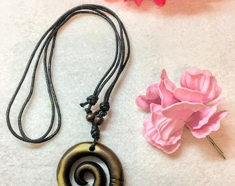 Moana  Set Necklace and Flower hair clip
