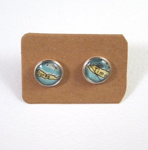 World map ear studs - oceania variations