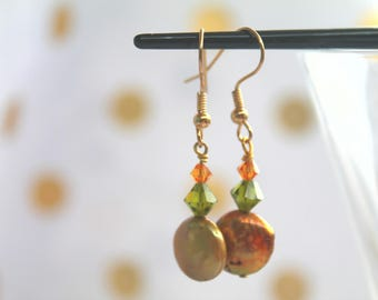 Gold coin pearl and swarovski earing