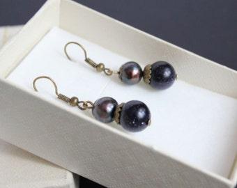 Freshwater black pearl earrings Simple pearl jewelry Blue purple earrings Dark blue jewelry Blue goldstone earrings Black pearl earrings