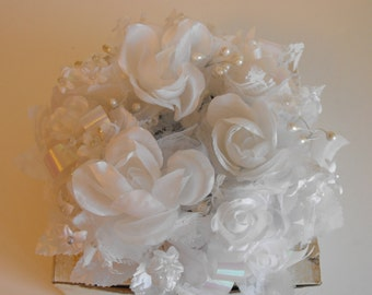 White Wedding Floral Centerpiece/Candle Holder     (1041)