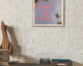 Hippie home decor. 70s home decor. hippie decor. hippie wall art. 70s wall art. Peace & love