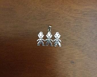 Silver triplets pendant