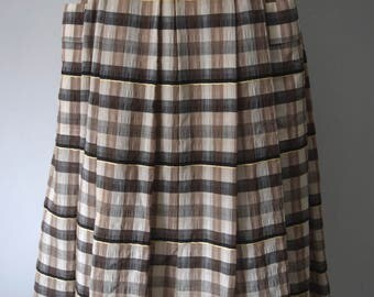 Vintage Plaid Check Skirt / Midi Circle Skirt / Brown, Beige / High Waist / Pleated / Woman