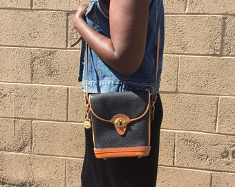 Vintage Dooney and Bourke All Weather Leather Black Shoulder Bag