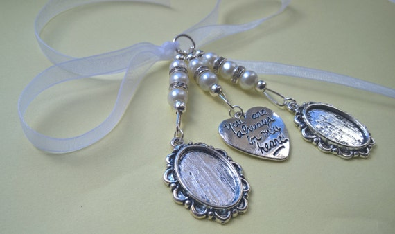 Stunning Ivory Bridal Bouquet Wedding Memory Charm with 2 Oval Cameo Photo Frame