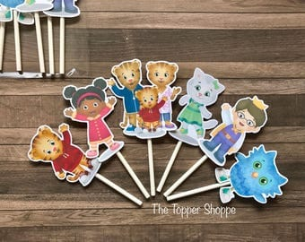 DANIEL TIGER Cupcake Toppers / Cake Toppers / Die Cuts / Birthday Party / Decorations / Cake Pops / Supplies / Decor / Scrapbook