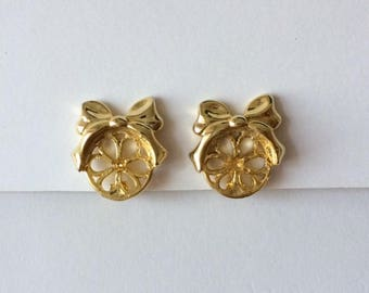Vintage 1950's Daisy Flower Bows Gold Tone Clip On Earrings