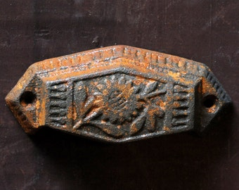 Antique Eastlake cast iron cabinet drawer pull / vintage cast iron floral cup pull