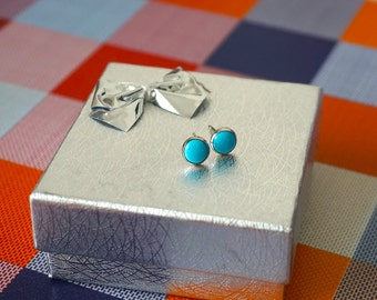 Silver Turquoise Studs - Turquoise earrings - Silver Stud Earrings - Silver Studs - Turquoise - Silver Stud Earrings - Turquoise Gemstone
