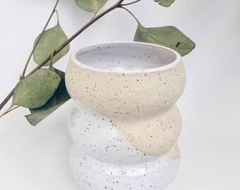 Curvy ceramic vase, White vase, handmade pottery, stoneware vase