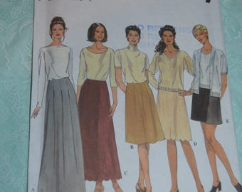Simplicity 8877 Misses Skirts Sewing Pattern UNCUT - Size 6 8 10 12 - Skirt in Fou Lengths, Back Zipper, Front PLeats Scalloped HEm