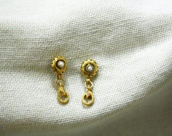 18K gold earrings, pearl gold earrings, pearl earrings, round earrings, gold pearl earrings, earrings for bride, earrings for wedding,