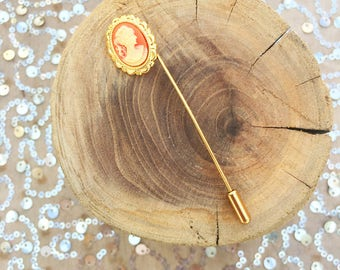 Victorian Style Gold Peach Brooch