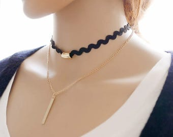 Black Ric Rac Lace Choker with a Golden Bar Pendant