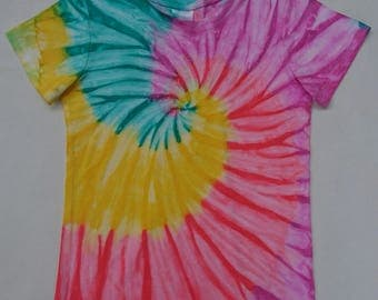 Girls . Size 3 . T-shirt . Spiral Painted . Not Tie Dye