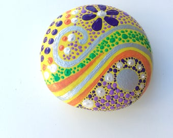 Stone paperweight, hand-painted with stone, yellow background