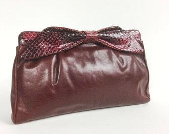 Oxblood Leather Handbag - Burgundy Red Shoulder Bag - Maroon Snakeskin Bow - 70s 80s Convertible Clutch Purse - Vintage Marshall Field