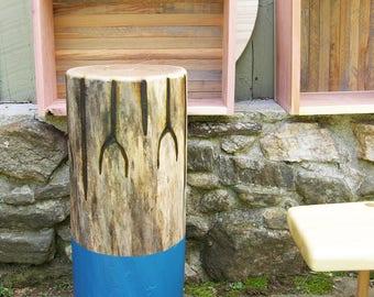 Coffee Table | Live edge table | Harwood table | Elm | Log table | Stump |